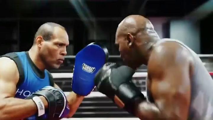 Holyfield sigue su puesta a punto de cara a un posible combate contra Tyson
