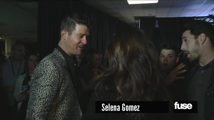 Robin Thicke & Selena Gomez Backstage Hug Session at Z100's Jingle Ball