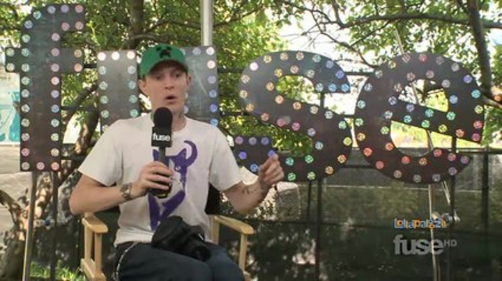 Interviews: Lollapalooza: Deadmau5 Passes Out Onstage, Learns His Lesson - Lollapalooza 2011