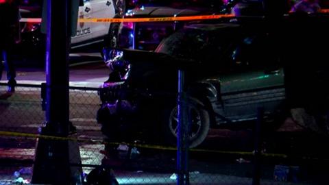 Una mujer murió en Minneapolis luego que hombre embistió una protesta