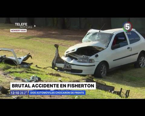 Las impactantes imágenes del choque de dos autos en el que resultó herida una mujer embarazada