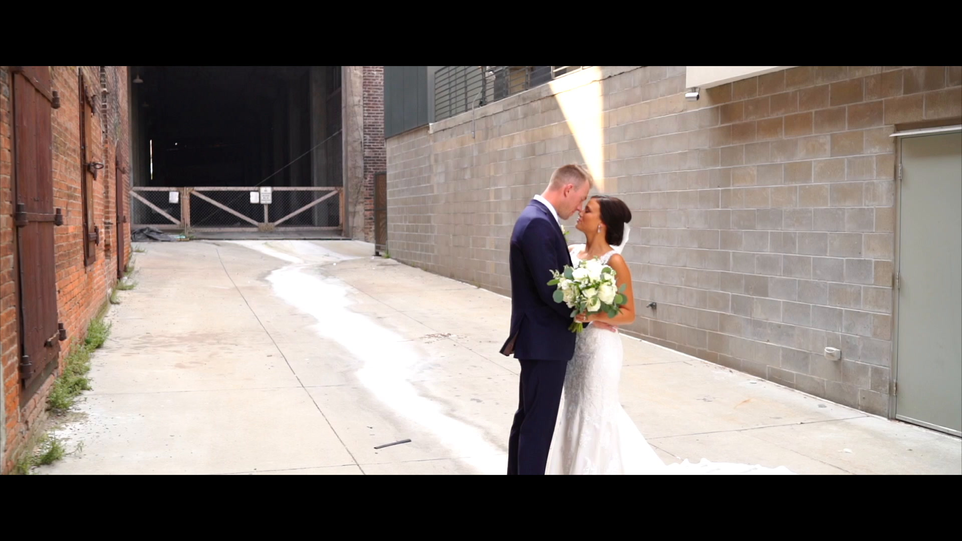 Jeffrey + Kylie | Omaha, Nebraska | Omaha's Henry Doorly Zoo & Aquarium