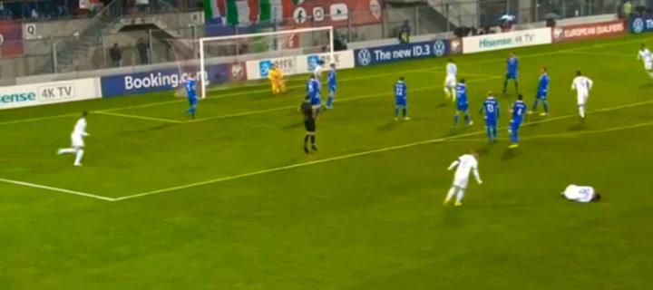 Gol de Bernardeschi ante Liechtenstein