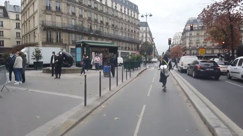 Resignados, los franceses inician un segundo confinamiento