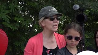 La senadora Warren critica el sistema migratorio de EEUU