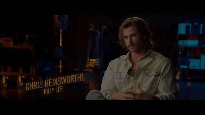 Featurette: ('On Set with the Cast')