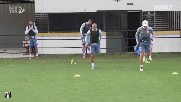 Santos encerra avaliações e aguarda início dos treinos