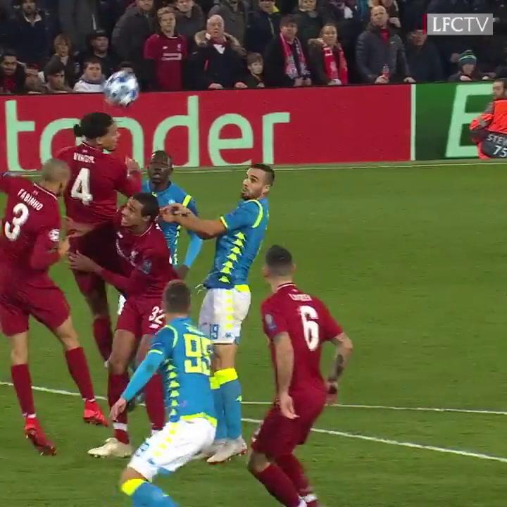 El Liverpool empieza contra el Nápoles a defender su título