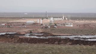 Mapuches denuncian basural petrolero tóxico en Argentina