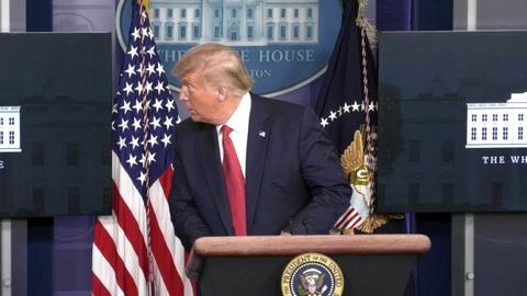 Trump, evacuado de rueda de prensa tras disparos cerca de la Casa Blanca