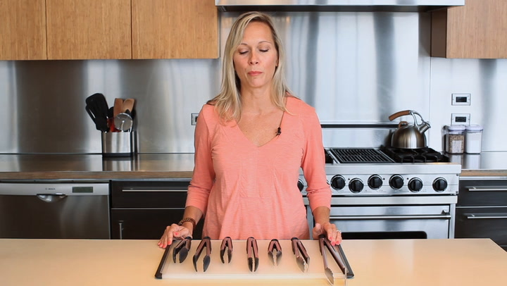 Preview image of OXO Tongs video