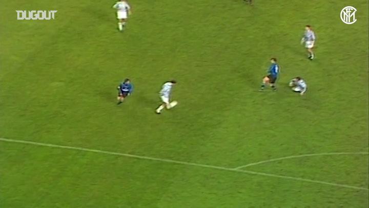 Adriano, Balotelli, Djorkaeff... Gols da Inter de Milão sobre a Juve na Copa Itália