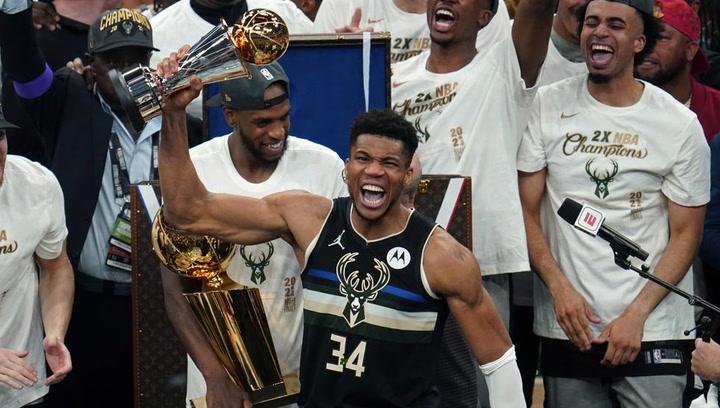Antetokounmpo, mejor jugador de las Finales de la NBA, no pudo contener las lágrimas de emoción