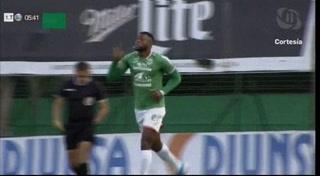 ¡GOOL DEL MARATHÓN! Al minuto 6 Yustin Arboleda  le marca el 1-0 al Vida