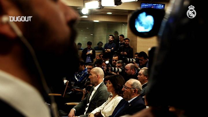 The Signing Of Zinedine Zidane In The World Press