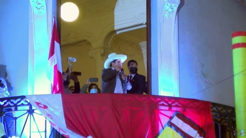 Finalizó conteo de votos en Perú con ventaja para Castillo
