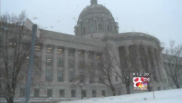 State Lawmakers Work Through Snow