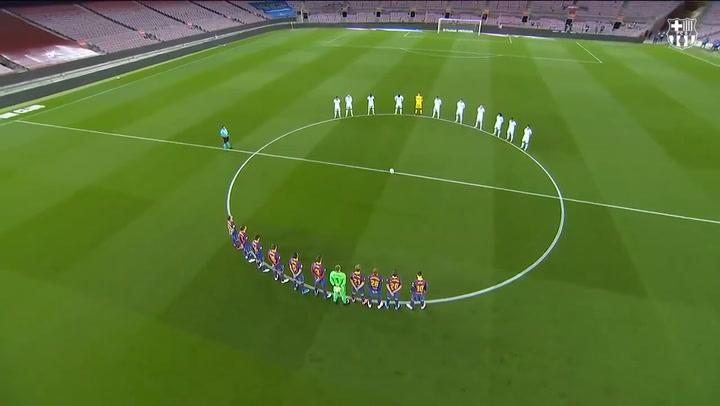 Minuto de silencio en el Camp Nou en memoria de Josep Mussons