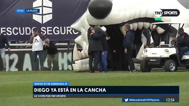 Diego Armando Maradona presentado con Gimnasia y Esgrima La Plata