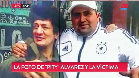 Aparecieron fotos de Pity Alvarez con el hombre al que asesinó
