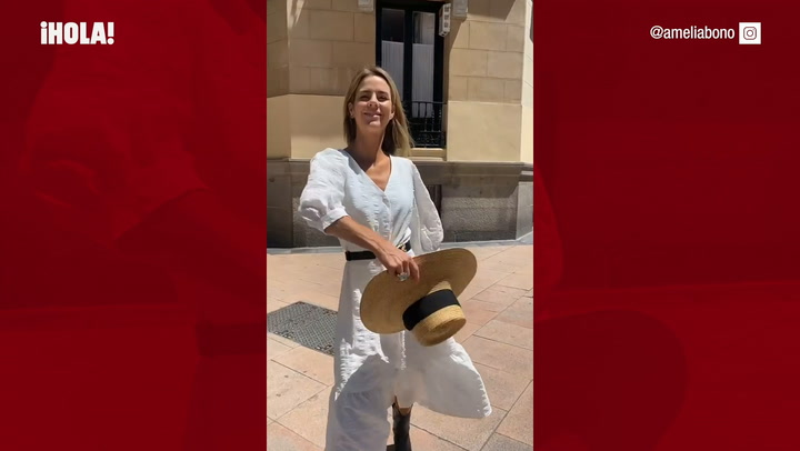 Amelia Bono nos enseña a combinar el vestido blanco rebajado que sienta bien a todas