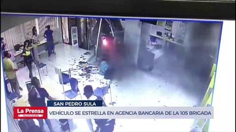 Vehículo se estrella en agencia bancaria de la 105 Brigada en San Pedro Sula