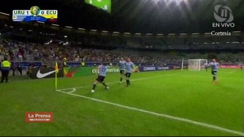 El golazo de Cavani contra Ecuador en la Copa América