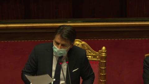 El primer ministro de Italia, Giuseppe Conte, renunció al cargo