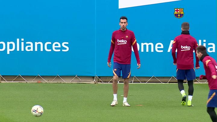 El entrenamiento del Barça antes de enfrentarse a Osasuna