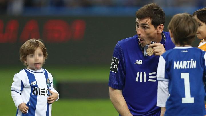 Iker Casillas entrena a un digno sucesor en la portería, su hijo Lucas