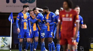 El Shrewsbury de Tercera remonta un 0-2 al Liverpool en la FA Cup