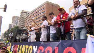 Nutrida marcha con artistas aviva protesta contra gobierno en Colombia