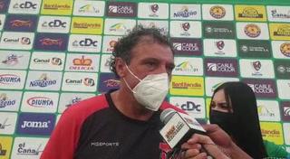 Fernando Mira no pierde el piso por el liderato: