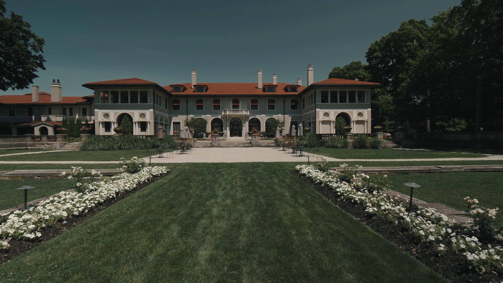 Tea + Tode | Lake Forest, Illinois | The Armour House