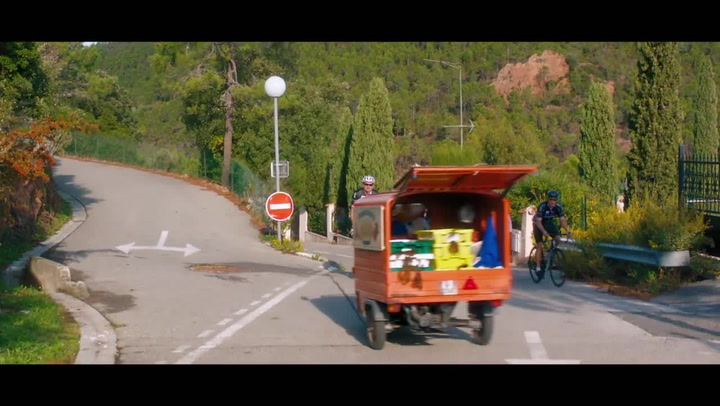 'Absolutely Fabulous: The Movie' (2016) Clip 'Tiny Car Chase'