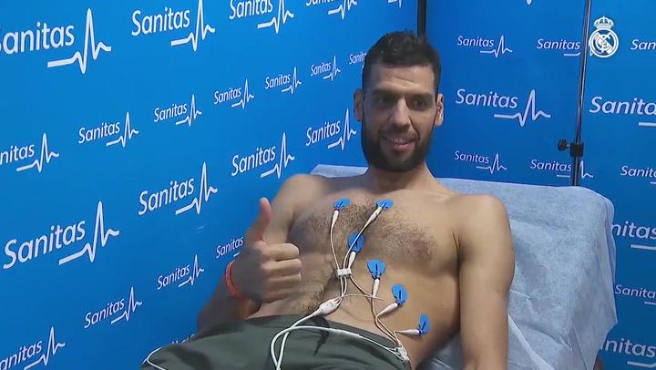 Salah Mejri pasó la revisión médica y firmó por el Real Madrid