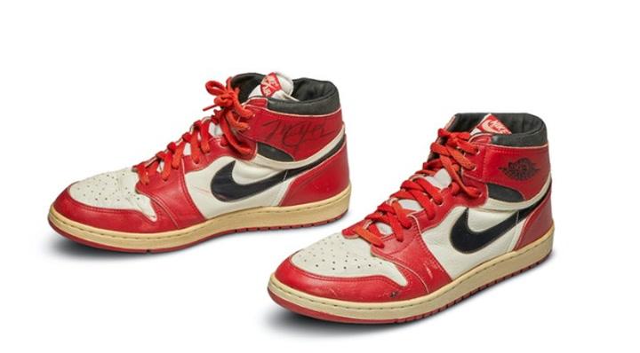 Unas 'Air Jordan' baten récords, vendidas por 560.000 dólares