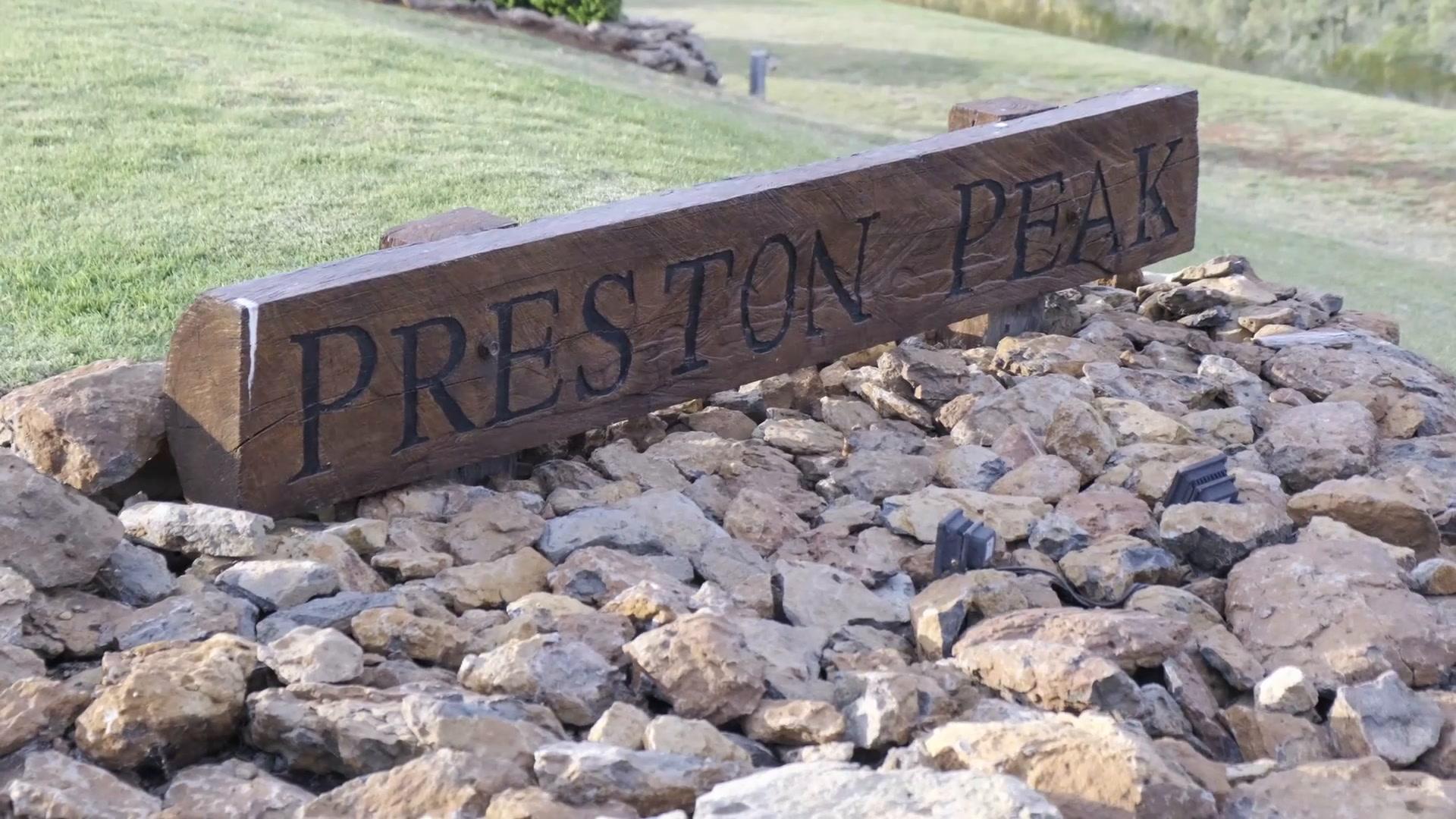 Beau + Shannon | Toowoomba, Australia | Preston Peak Winery