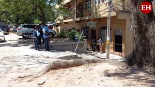 Agentes de la DPI acuden a la escena del crimen del pastor Rony Alexander López