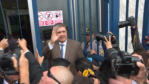 Expresidente de Perú Alan García se disparó al ser detenido