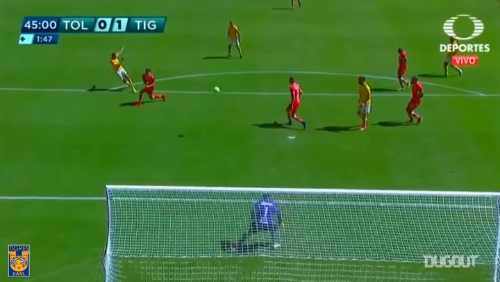 Luis Quiñones's unstoppable strike vs Toluca
