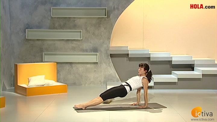 Así se consigue un vientre plano con yoga