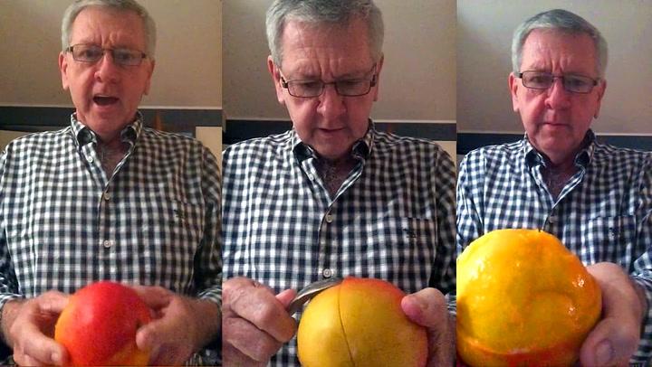 Genialt! Derfor skal du skrelle mango med skje
