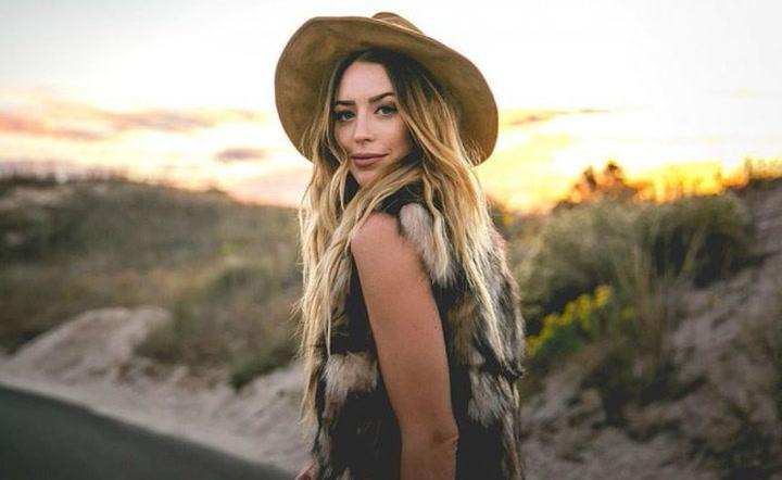 Así era la cantante de country Kylie Rae Harris, fallecida a los 30 en un accidente de coche