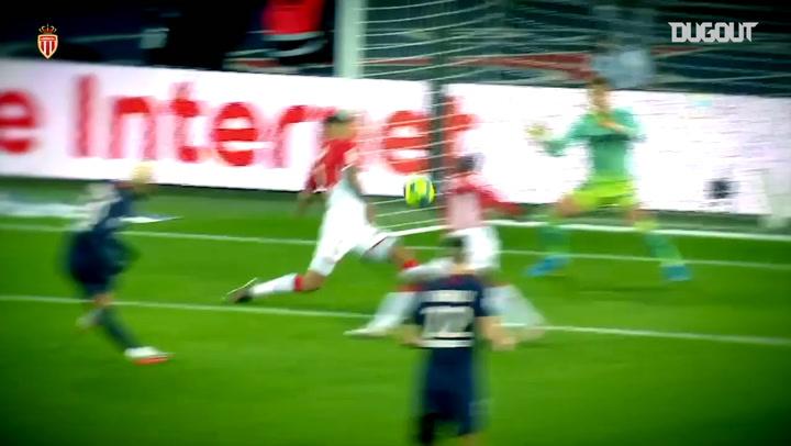 Benjamin Lecomte's best saves vs PSG