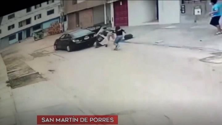 Cámaras de seguridad registran violento asalto a pareja en San Martín de Porres