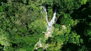 Lisa + Andrew | Port Vila, Vanuatu | Warwick Le Lagon