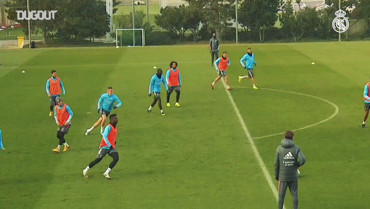 Goals, saves and finishing drills in Real Madrid training