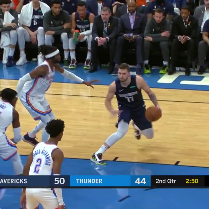 Luka Doncic consiguió 29 puntos contra los Oklahoma City Thunder