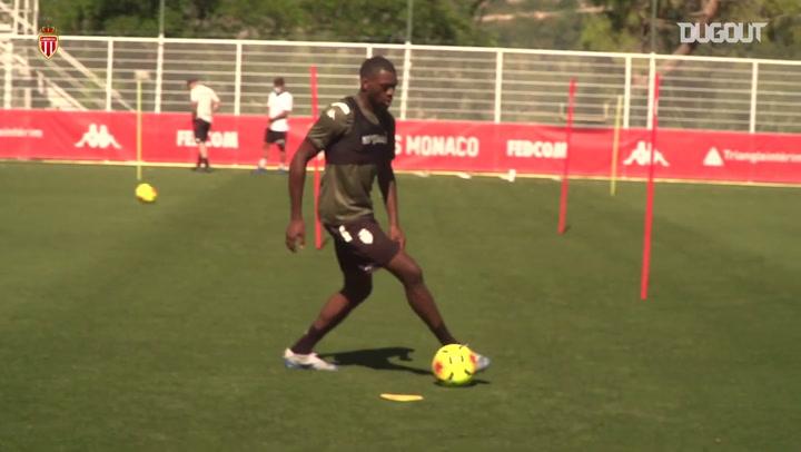 Monaco segue treinando em Turbie